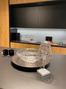 szklane dekoracje w kuchni